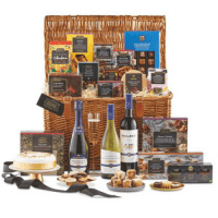 Christmas prize draw hamper at evolve home energy solutions